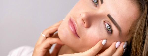 Tratamientos de estética facial con ácido hialurónico